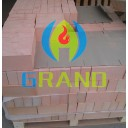 Diatomite insulating brick